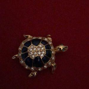 Jewelry - 🆕Vintage A&S Enamel Rhinestone Enamel Brooch💕💕